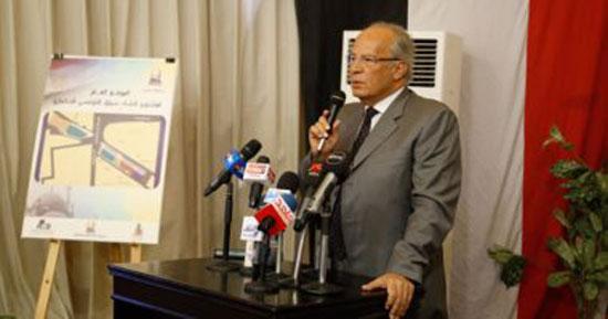 3-الدكتور-هشام-الشريف-وزير-التنمية-المحلية