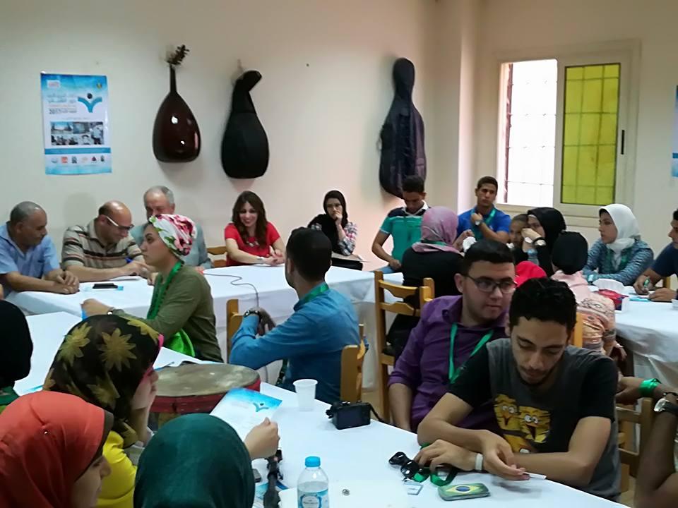 جانب من فعاليات موائد المؤتمر لدعم الشباب بالاقصر