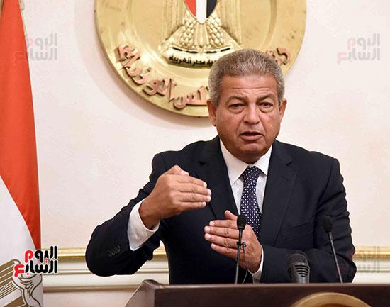 خالد عبد العزيز، وزير الشباب والرياضة (4)