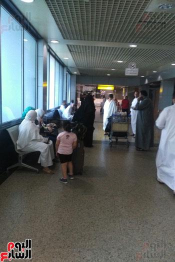 طيران النيل تمنع 20 حاجا مصريا من السفر للسعودية (1)