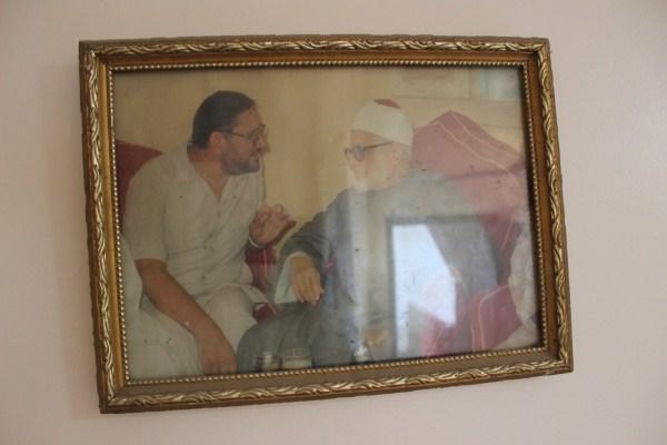 1 الشيخ عبد القادر مع عمه جاد الحق