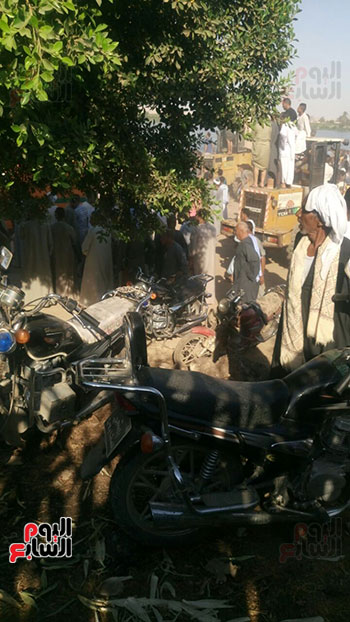 سقوط سيارة من فوق معدية ببنى سويف