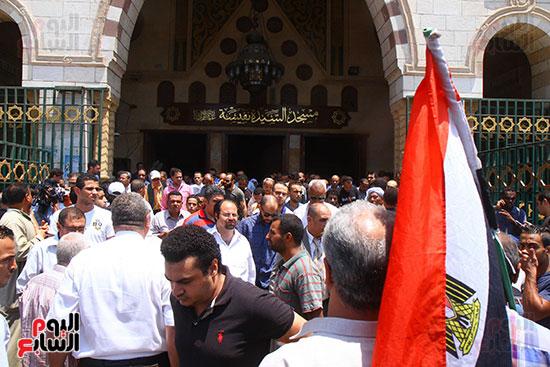 علم مصر فى جنازة على السمان