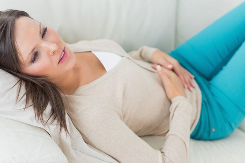 علاج انتفاخ البطن بالطرق الطبيعية