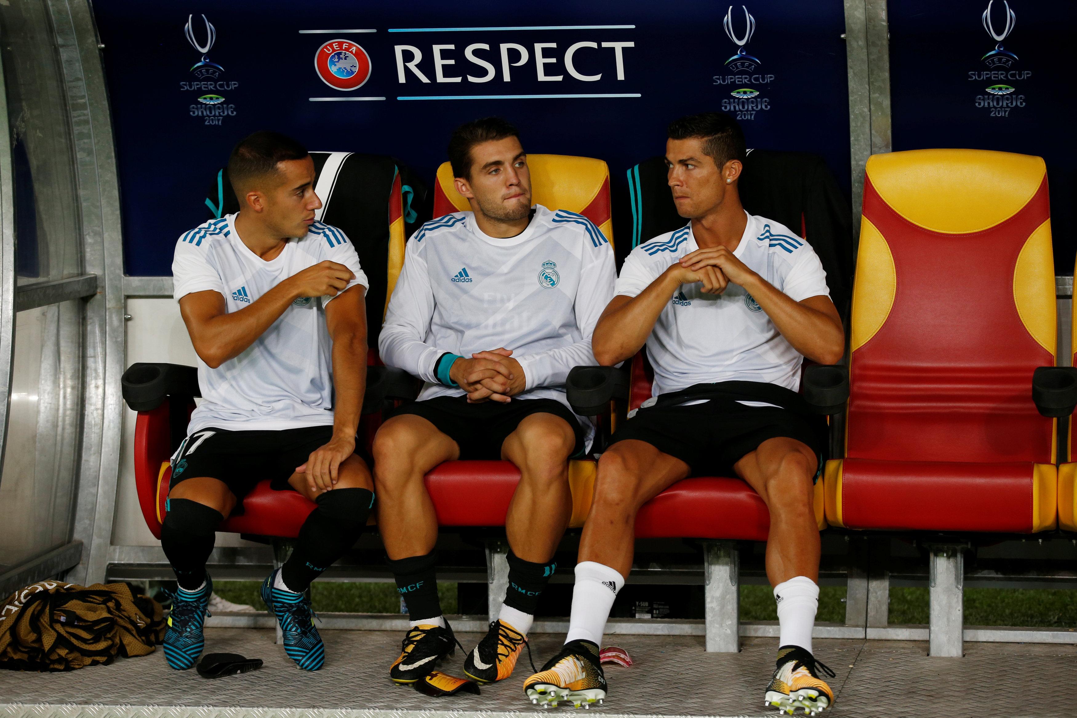 رونالدو على مقاعد البدلاء
