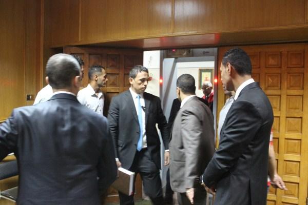 الدكتور على عبد العال رئيس مجلس النواب فى جامعه المنصوره لمناقشه رسالة دكتوراة (2)