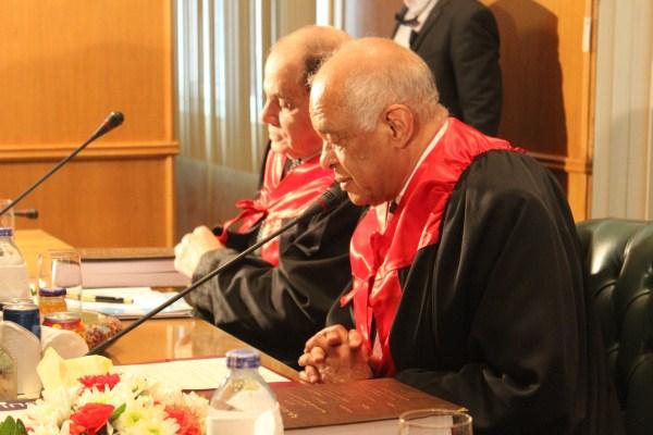 الدكتور على عبد العال رئيس مجلس النواب خلال مناقشة رسالة الدكتوراة