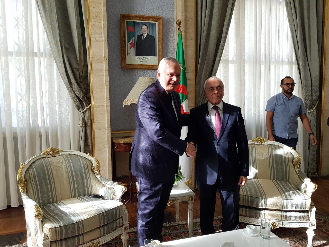 العرابى يلتقى رئيس البرلمان الجزائرى (2)