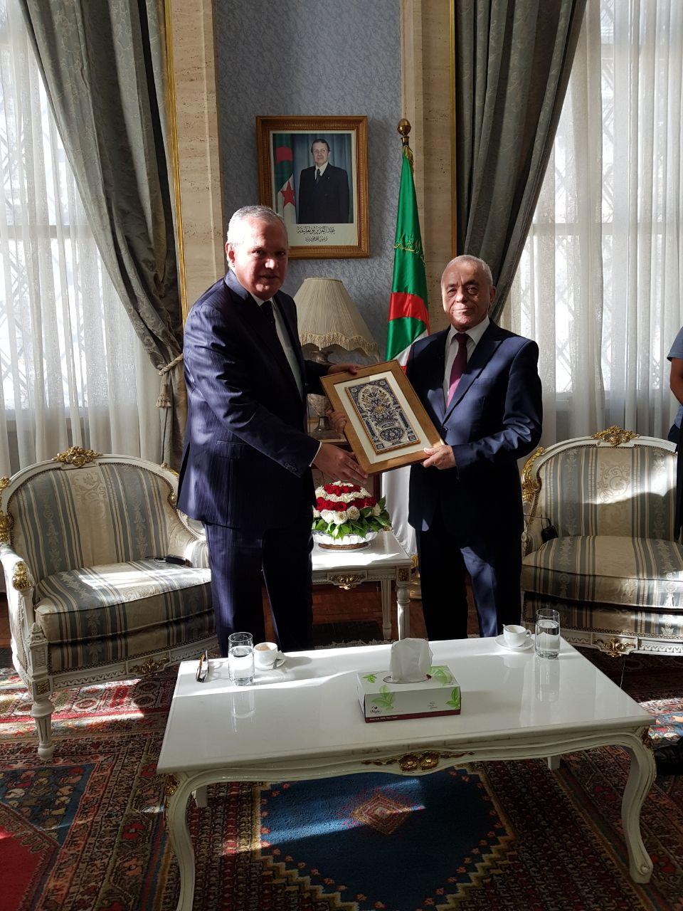 العرابى يلتقى رئيس البرلمان الجزائرى (1)