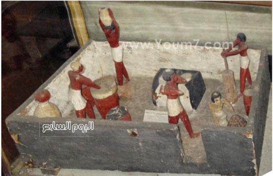 مقتنيات معرض عصر بناة الأهرامات (1)