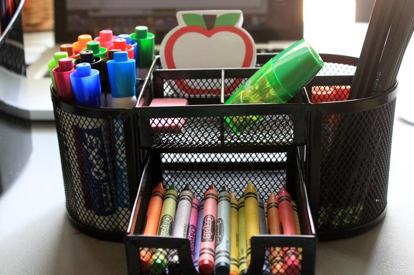 تنظيم أدوات المدرسة1