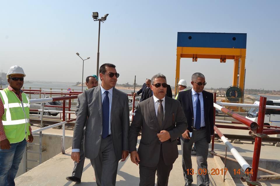 محافظ أسيوط وأعضاء مجلس النواب يتفقدون مشروع القناطر