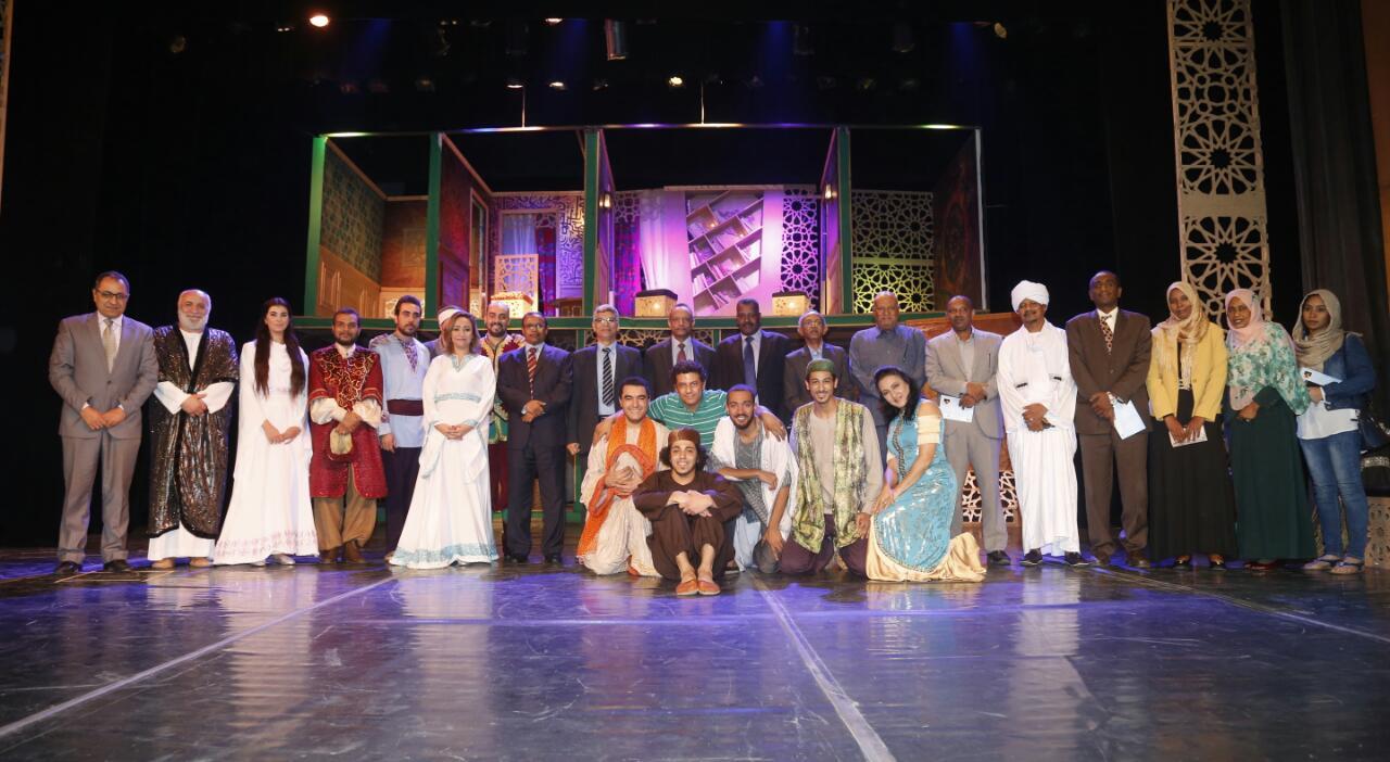 وفد من الخارجية السودانية فى مسرحية قواعد العشق الأربعين (4)