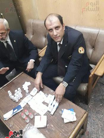 سلطات جمارك مطار القاهرة الدولى