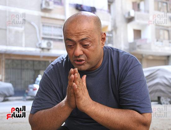 رحلة علاج عم ناصر بعد استجابة الرئيس له (1)