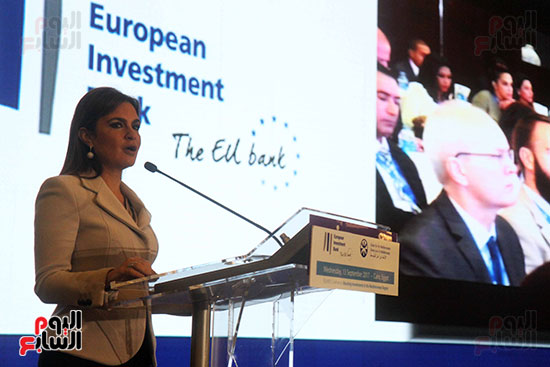 توقيع بروتوكولات تعاون مع بنك الاستثمار الأوروبي (10)