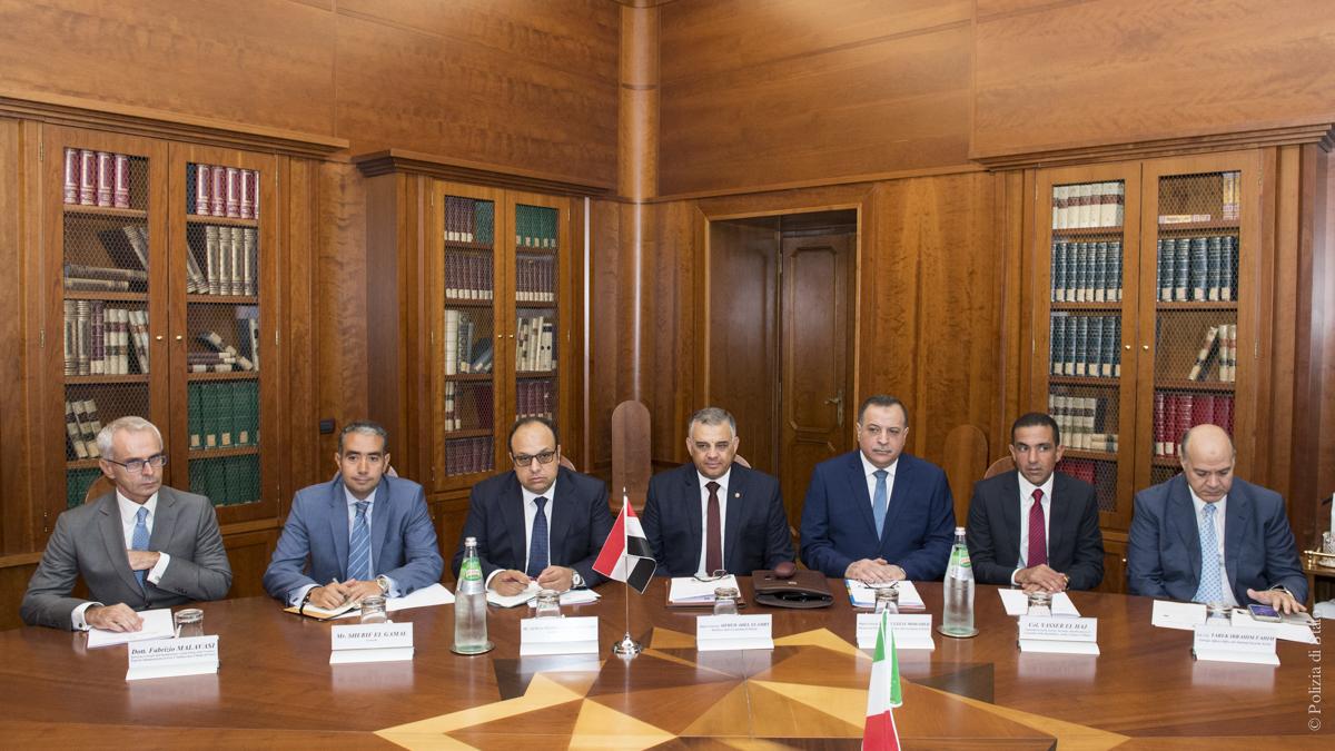 توقيع بروتوكول تدريبى مع وزارة الداخلية الإيطالية
