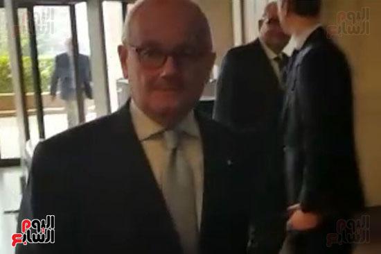 السفير الإيطالى فى مقر وزارة الخارجية