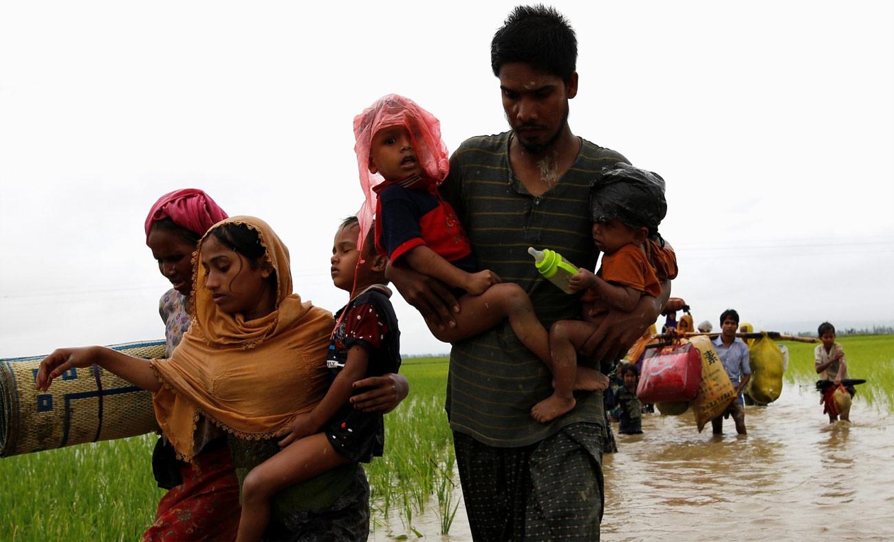 الفارون من مسلمي الروهينجا المتجهين لبنجلاديش