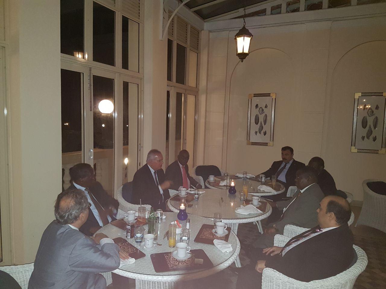 السفير العرابى يلتقى السفراء الافارقة فى موزمبيق