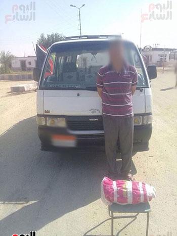 الجيش الثالث يقبض على تكفيريين شديدى الخطورة بوسط سيناء (1)