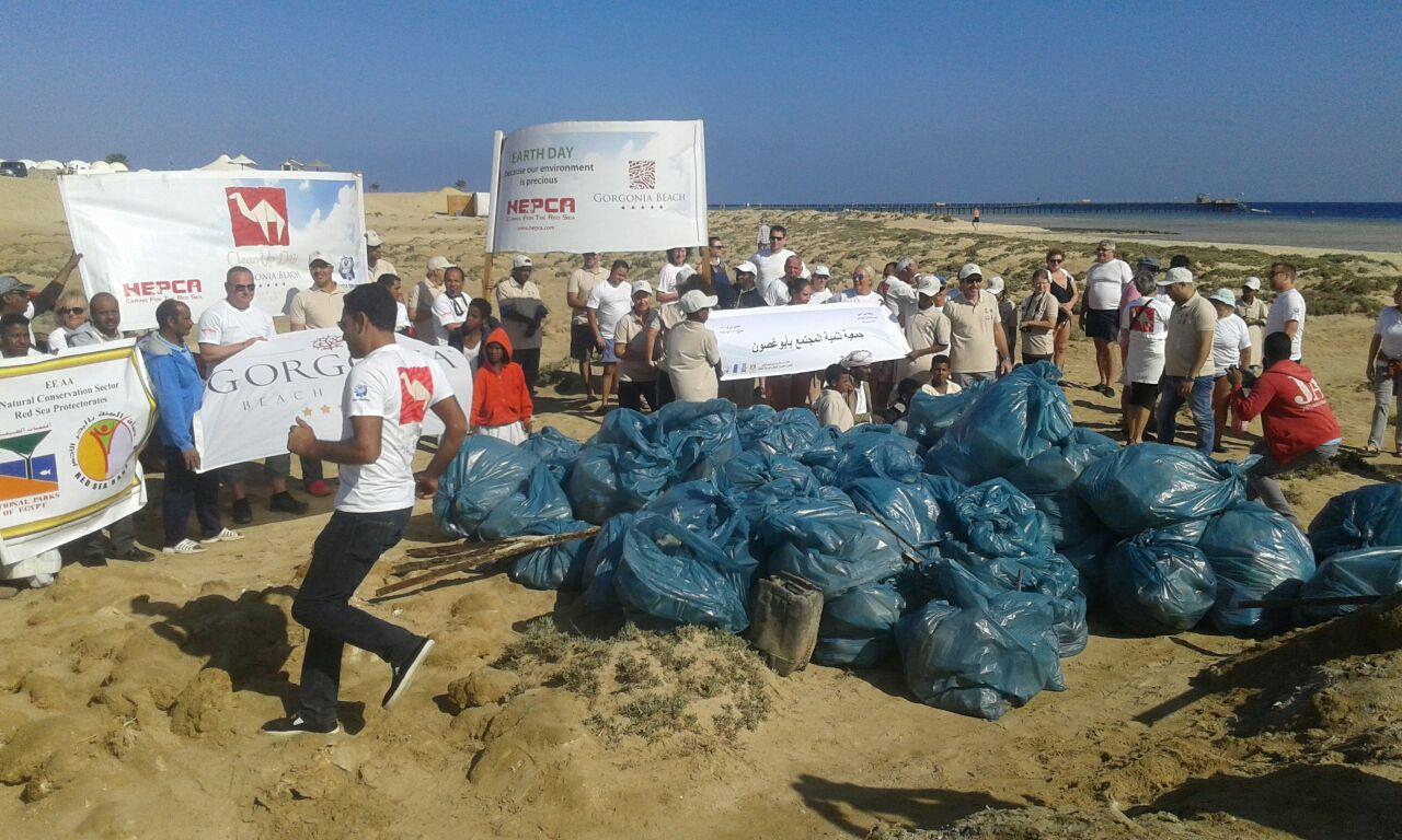 حملة البحر الأحمر خالية من البلاستيك (1)