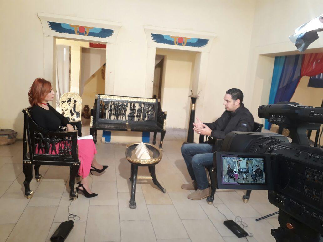 الاعلامية الفلسطينية نضال الناطور في برنامج قصة مكان