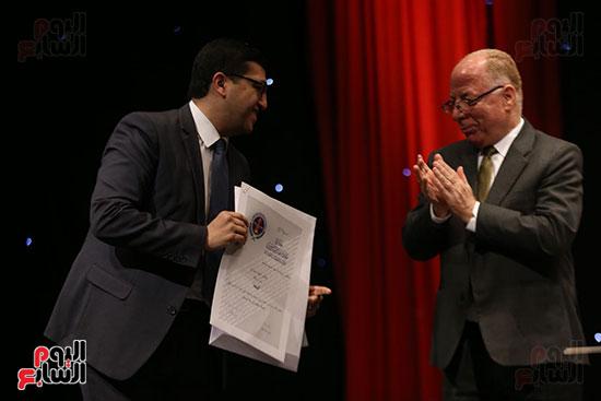 وزير الثقافة يكرم الفائزين بجائزة إحسان عبد القدوس (12)