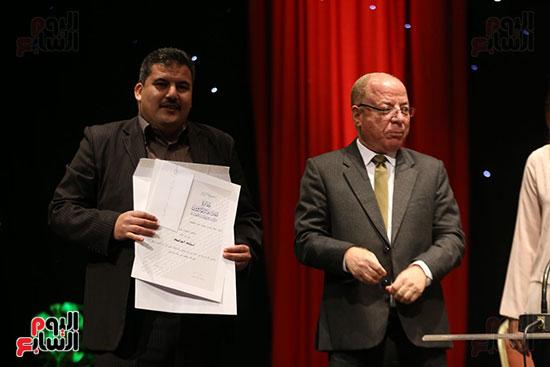 وزير الثقافة يكرم الفائزين بجائزة إحسان عبد القدوس (10)