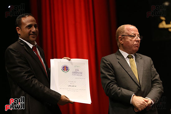 وزير الثقافة يكرم الفائزين بجائزة إحسان عبد القدوس (9)