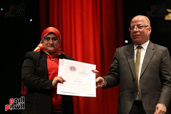 وزير الثقافة يكرم الفائزين بجائزة إحسان عبد القدوس (6)