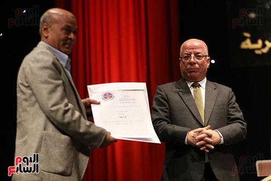 وزير الثقافة يكرم الفائزين بجائزة إحسان عبد القدوس (5)