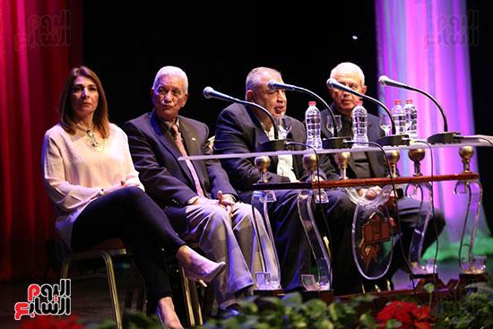 وزير الثقافة يكرم الفائزين بجائزة إحسان عبد القدوس (24)