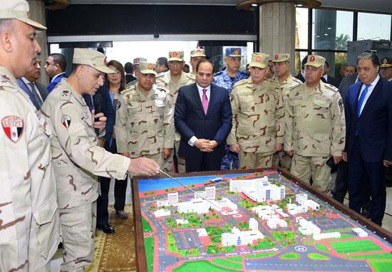الرئيس يفتتح أعمال تطوير المجمع الطبى للقوات المسلحة بالمعادى