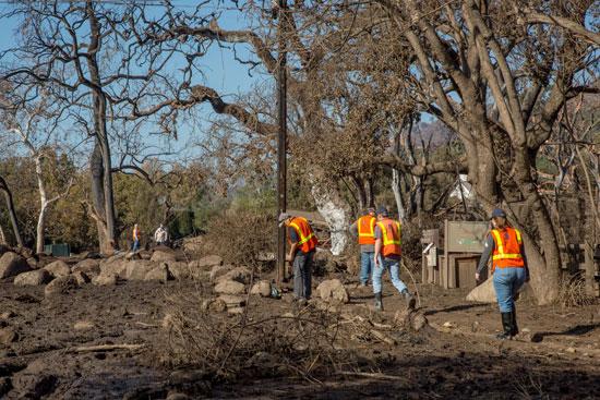 الوضع فى كاليفورنيا بعد الفيضانات