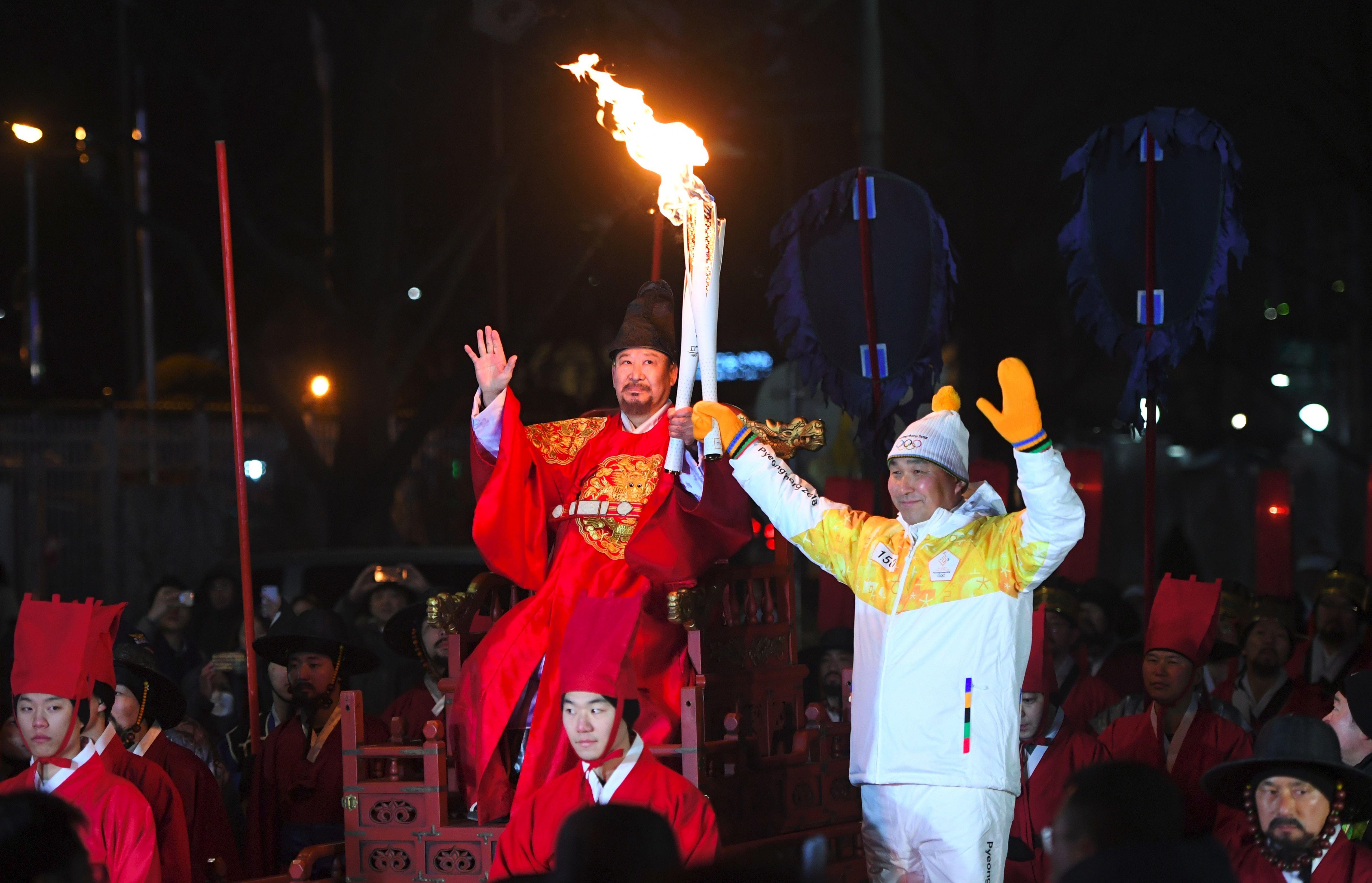 جولة الشعلة الأولمبية فى كوريا الجنوبية