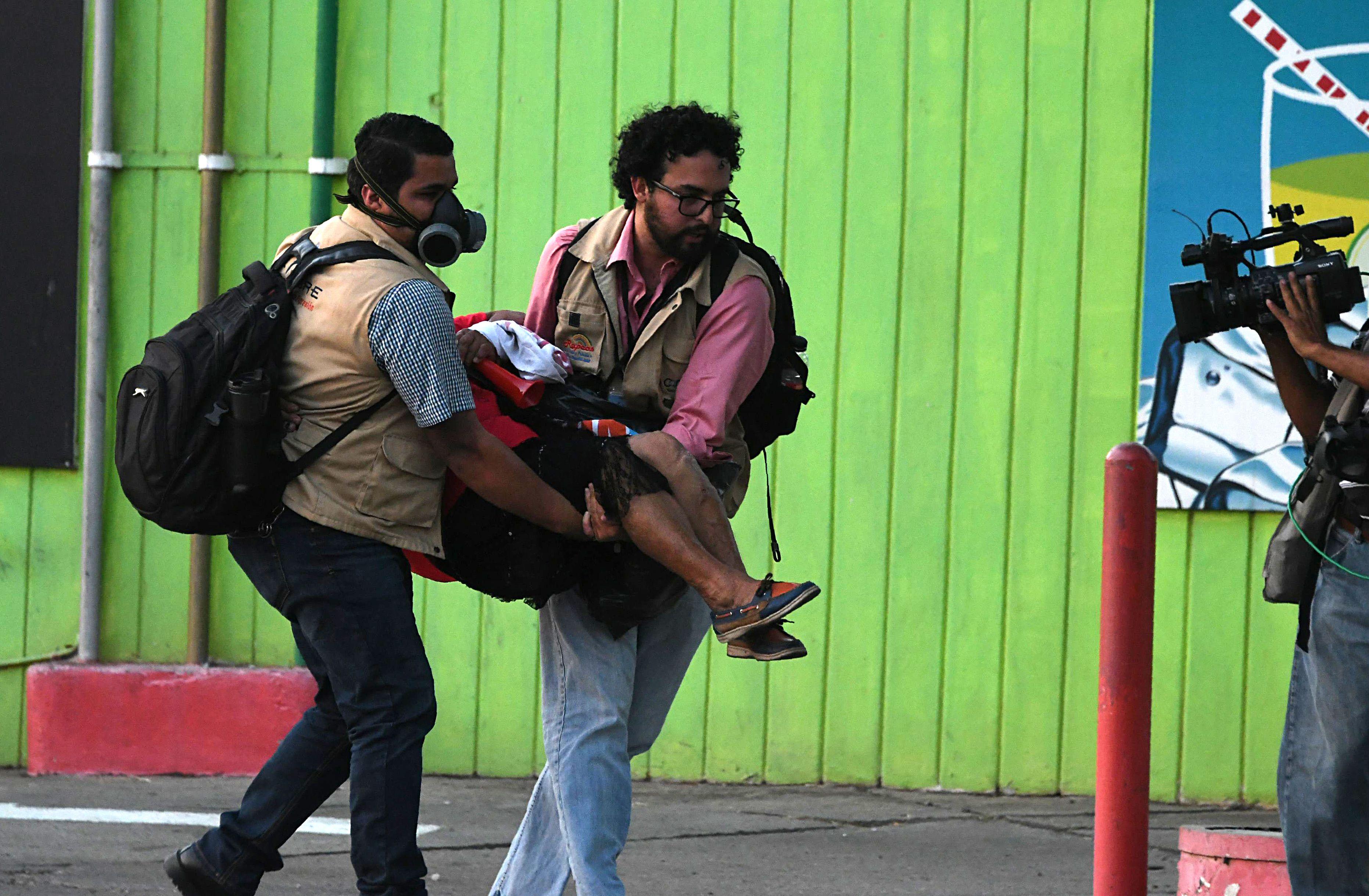 إصابات خلال الاشتباكات