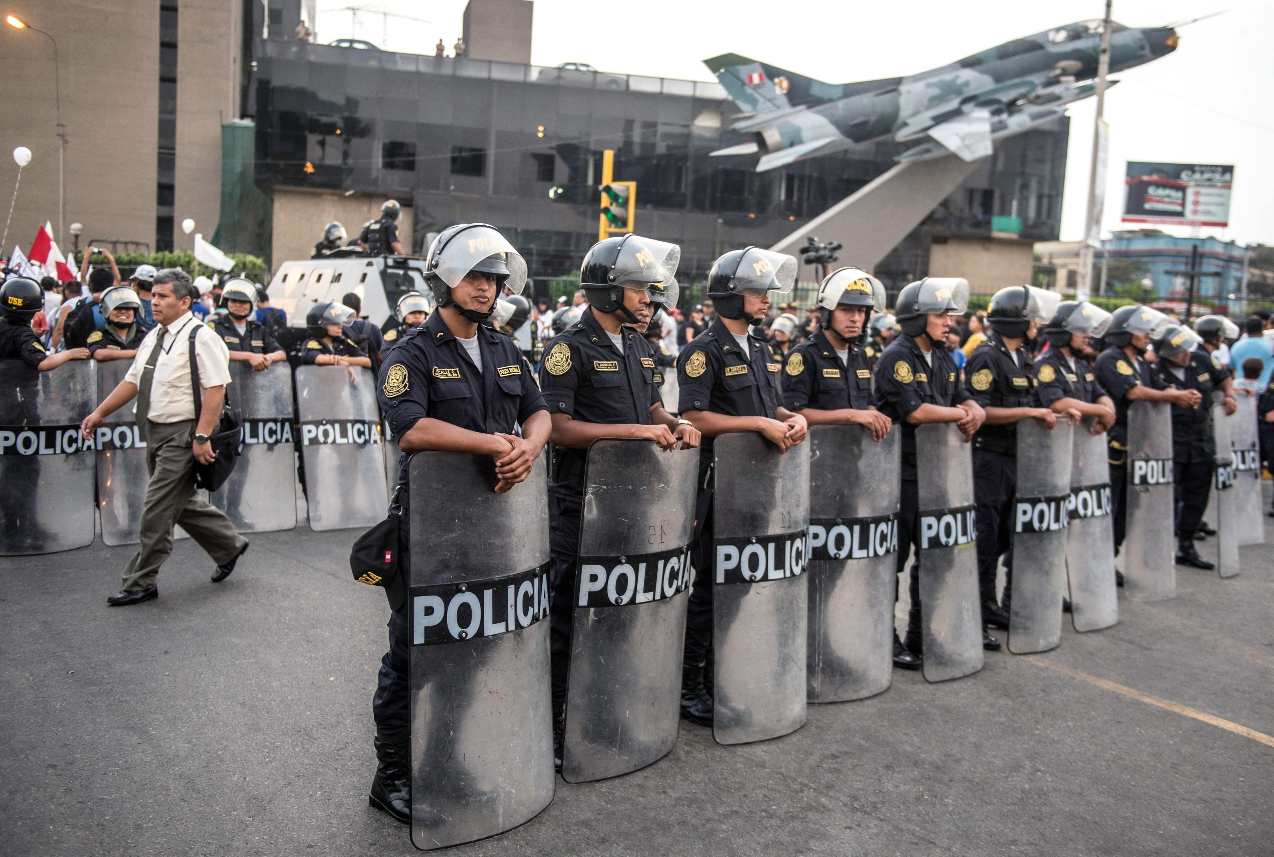 قوات الشرطة فى بيرو