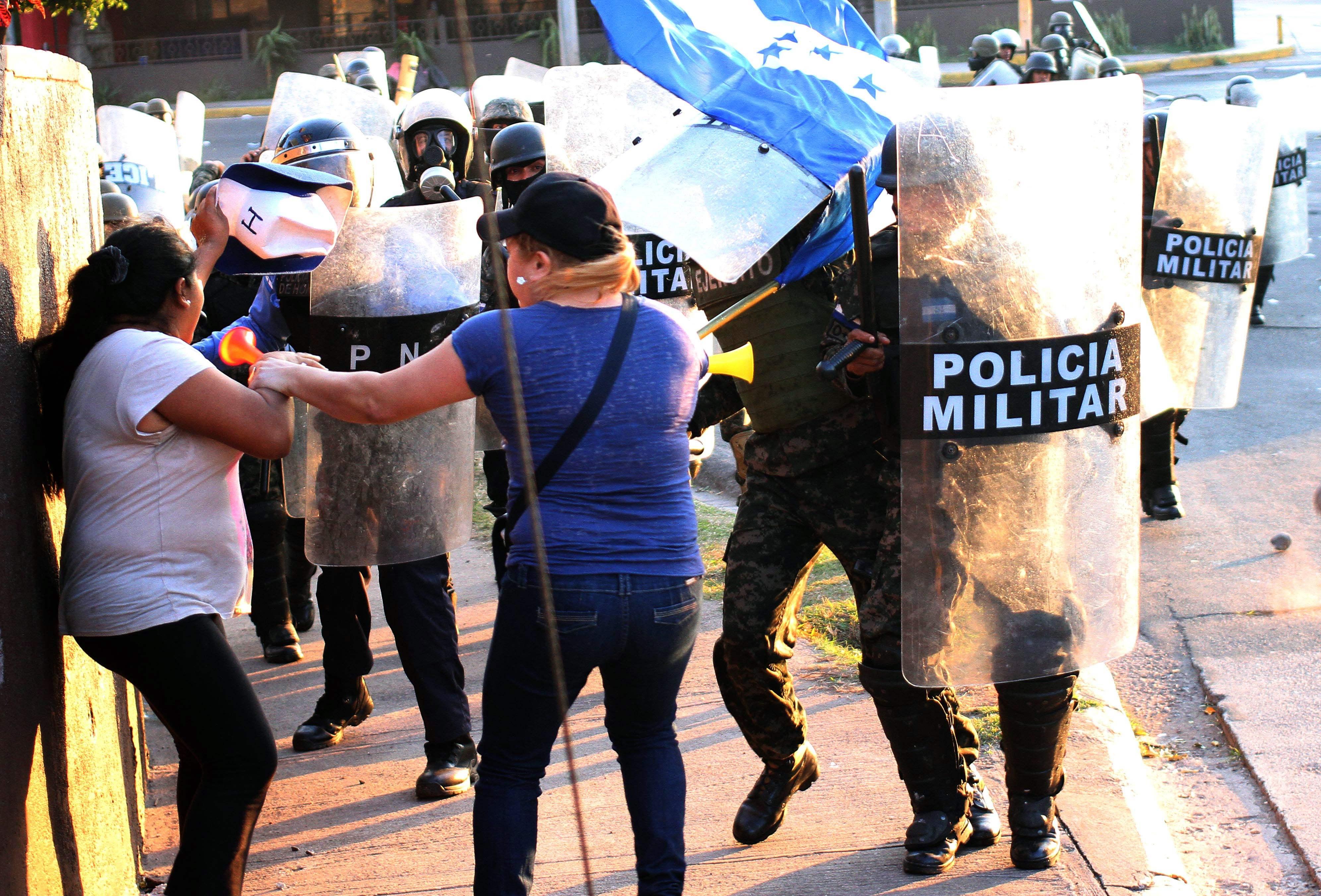 اشتباكات بين متاهراتين فى هندوراس