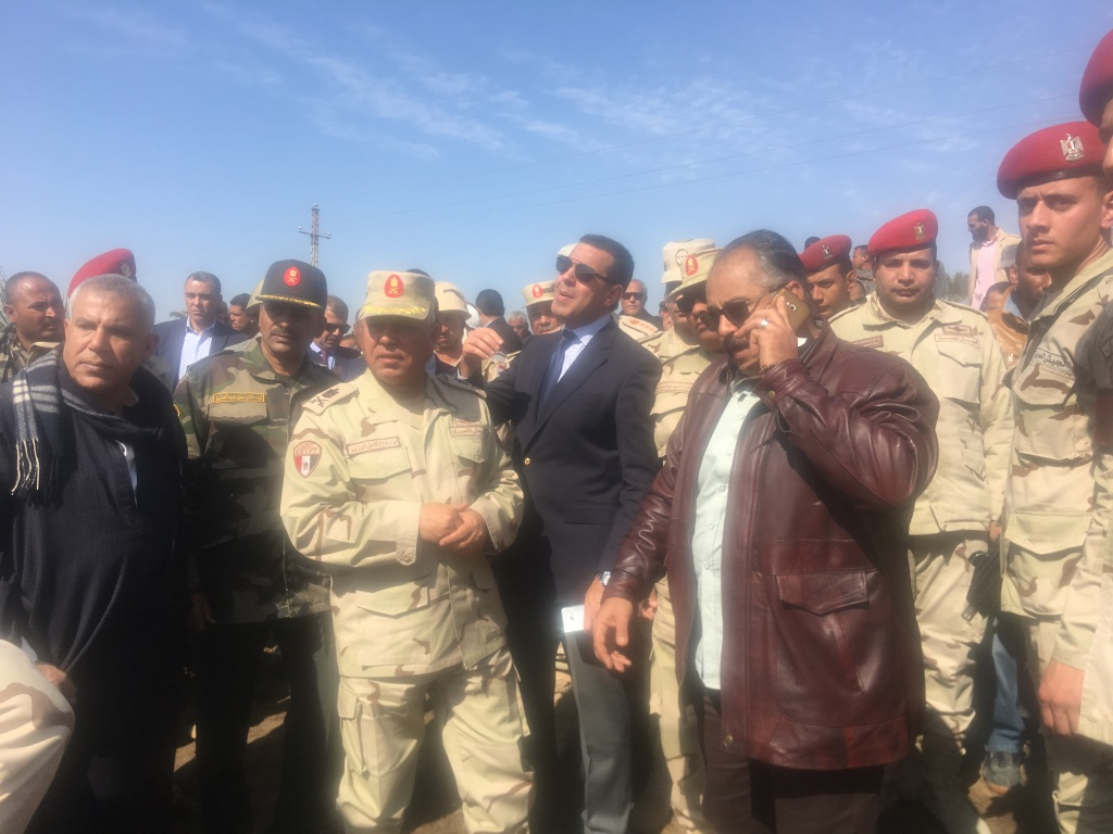اللواء كامل الوزير خلال الاتصال (1)