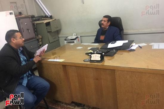 محرر اليوم السابع مع مدير المركز الشامل للتأهيل باسيوط