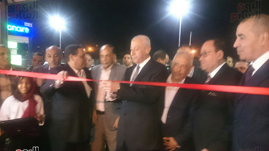 محافظ أسوان خلال افتتاح المهرجان  (1)