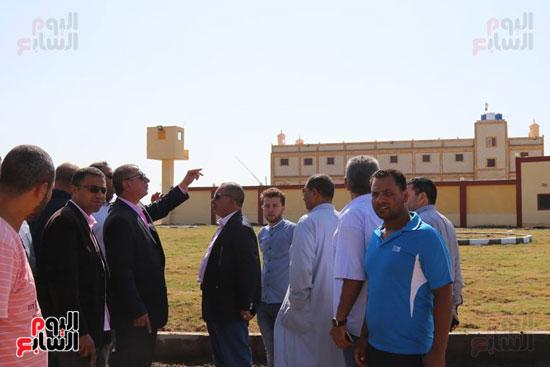 محافظ كفر الشيخ يتفقد شرطة المسطحات المائية