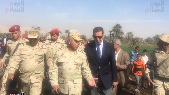 اللواء كامل الوزير رئيس الهيئة الهندسية للقوات المسلحة  (12)