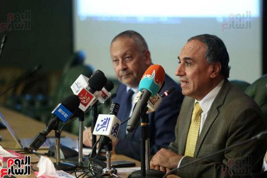 المؤتمر الصحفى الذى تنظمه لجنة الشئون العربية بنقابة الصحفيين (3)