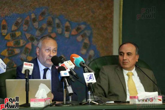 المؤتمر الصحفى الذى تنظمه لجنة الشئون العربية بنقابة الصحفيين (1)
