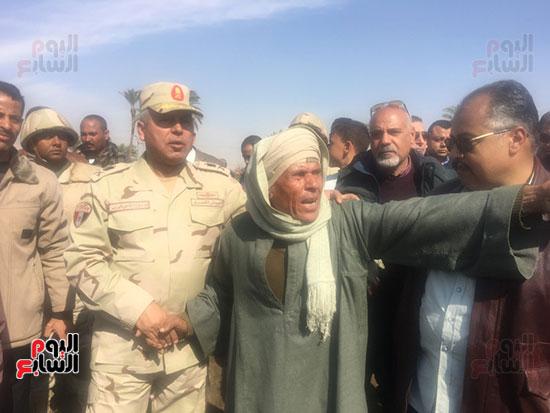 اللواء كامل الوزير رئيس الهيئة الهندسية للقوات المسلحة  (8)