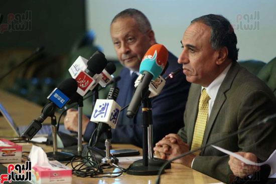 المؤتمر الصحفى الذى تنظمه لجنة الشئون العربية بنقابة الصحفيين (2)