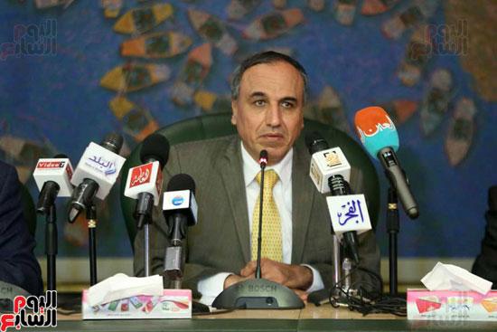 المؤتمر الصحفى الذى تنظمه لجنة الشئون العربية بنقابة الصحفيين (5)