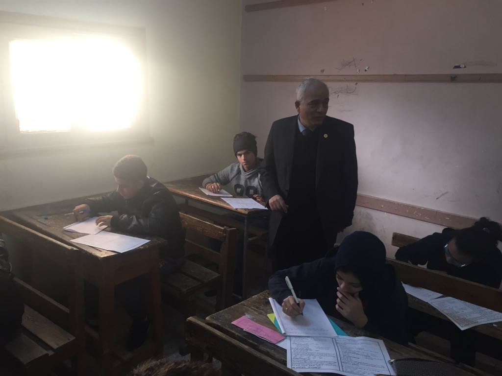 حجازي يتفقد سير امتحانات شهادة إتمام الدراسة بمرحلة التعليم الأساسي بالقاهرة (6)